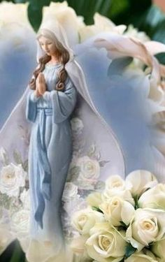 Blessed Mother Mary, Blessed Virgin Mary, Peace Love Happiness, Peace And Love, Hail Holy Queen, French Country Christmas, Mama Mary, Immaculate Conception, Holy Mary