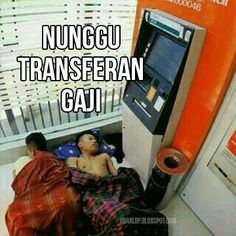 Nungu transferan gaji dulu Funny Text Memes, Funny Texts, Cartoon Jokes, Funny Cartoons, Thing 1, Facebook Humor, Lol, Funny Stickers, People Quotes