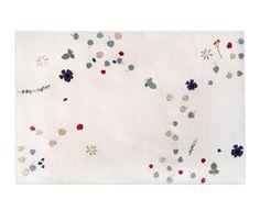 Fleur matta - Asplund - Dennys Home White Carpet, White Rug, Interior Rugs, Rugs On Carpet, Carpets, Stair Carpet, Hall Carpet, Contemporary Home Decor, Flowers