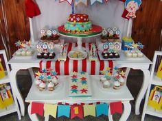 PLIM PLIM  Mesa dulce temática Plim Plim Cumpleaños Plim Plim Brownie Lemon Pie Rogelitos Cookies Popcakes Cupcakes