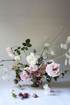 House Remodeling Is Residence Improvement Garden Roses And Mini Apples. By Madison Hartley Hart_Floral Beautiful Flower Arrangements, Wedding Arrangements, Floral Arrangements, Beautiful Flowers, Ikebana, Floral Centerpieces, Wedding Centerpieces, Wedding Decorations, Centrepieces