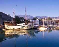 Pachetul este pentru 2 persoane si include bilet de avion Bucuresti – Larncaca – Bucuresti, taxele de aeroport, transfer aeroport – hotel – aeroport, 7 nopti cazare la Petrou Bros APTS Cat. A, asistenta turistica locala si asigurare medicala si storno.  Plecare: 4 iunie 2013. Thing 1, Sailing Ships, Boat, Dinghy, Boats, Sailboat, Tall Ships, Ship