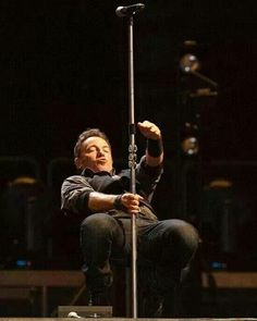 I want to see you again. #springsteen #brucebuds pic.twitter.com/GBipj0iW0t