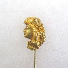 Antique-gold-stick-pin-art-nouveau-woman