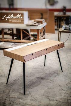 Desk in oak wood Bureau dressing table office | Designer: Habitables.