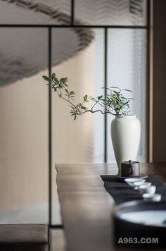 In the need for some inspiration? Take the best that the chinese culture has to offer and find out some interior design ideas for your projects! Chinese Interior, Asian Interior, Japanese Interior, Cafe Interior, Interior Design, New Chinese, Chinese Tea, Chinese Culture, Chinese Style