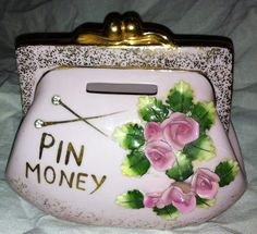 Vintage Lefton or Norcrest Pin Money Purse bank with pink roses & rhinestones Vintage Shabby Chic, Vintage Sewing, Penny Bank, Funky Decor, Hearth And Home, Money Box, Vintage China, Vintage Children, Kitsch