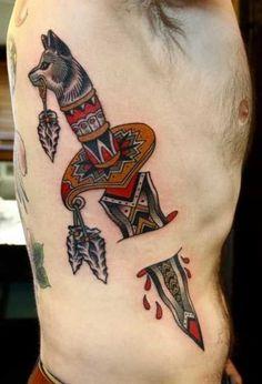 tatuajes con colores para hombres en la espalda