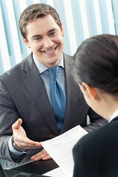 Use One Question to Identify a Sales Candidate's Listening Skills