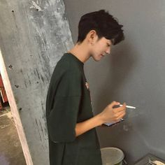Find images and videos about boy, aesthetic and asian on We Heart It - the app to get lost in what you love. Cute Asian Guys, Asian Boys, Asian Men, Cute Guys, Korean Boys Ulzzang, Ulzzang Boy, Korean Men, Korean Aesthetic, Aesthetic Boy