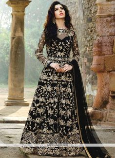 Looking to buy Anarkali online? ✓ Buy the latest designer Anarkali suits at Lashkaraa, with a variety of long Anarkali suits, party wear & Anarkali dresses! Anarkali Dress, Anarkali Suits, Pakistani Dresses, Indian Dresses, Patiala Salwar, Lehenga Choli, Sarees, Designer Anarkali, Designer Salwar Suits