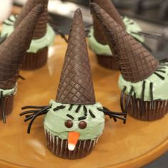 Halloween Cupcakes - Recipes for Cute Halloween Cupcakes - Delish