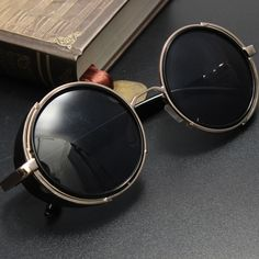 25c221d3b Óculos de sol redondos unisex retro do vintage óculos de lentes de óculos  de sol steampunk Mais