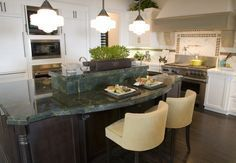 Fabulous Eat-In Custom Kitchen Designs - http://goodhomedesign.org/fabulous-eat-in-custom-kitchen-designs/