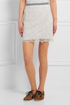 White guipure lace Concealed hook and zip fastening at back 100% polyester Dry clean