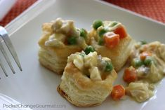 Creamy Turkey Pot Pies | Perfect for Holiday Entertaining | Recipe on PocketChangeGourmet.com #puffpastry