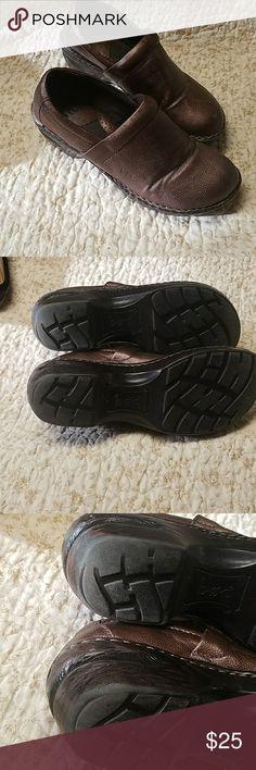 BOC clogs, size 8, b
