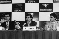 Ayrton Senna tra i fratelli Carraro 28 4 1994 Padova