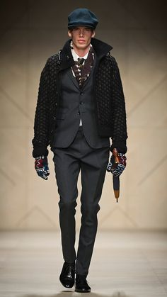 Flatcaps, I love them! Men's Suits, Male Fashion, Runway Fashion, Burberry, Urban Cowboy, Seasonal Color Analysis, What To Wear Today, Mens Attire, Flat Cap