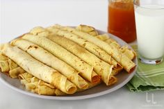 O rețetă simplă de clătite Ethnic Recipes, Food, Essen, Meals, Yemek, Eten