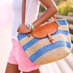 I love this bag! Wish I knew where it was from!