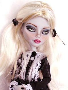 Abbey Custom OOAK Monster High Ghoulia Repaint by Alison | eBay