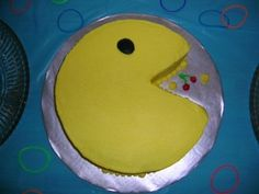 Pacman Cake I made this cake for my friend's birthday party that had an theme. 30th Birthday Parties, Birthday Ideas, Pac Man Cake, 3d Cakes, Cake Boss, Cakes For Boys, Big Boys, Yum Yum, Party Planning
