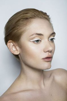 who knew white eyeliner could be so bold?