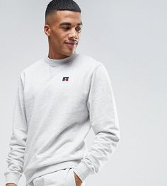 Get this Russell Athletic's hooded sweatshirt now! Click for more details. Worldwide shipping. Russell Athletic Sweatshirt With Embroidered Logo - Grey: Sweatshirt by Russell Athletic, Soft-touch sweat, Crew neck, Embroidered logo detail, Fitted trims, Regular fit - true to size, Machine wash, 100% Cotton, Our model wears a size Medium and is 178cm/5'10 tall, Exclusive to ASOS. The original American sportswear brand Russell Athletic was born in Alabama in 1902, where a growing interest in…