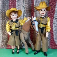 I love this pose so much, I wanted one last shot with just Sagebrush Sal, Horse, and Buckaroo Bill before I take it down for the next photos. Wouldn't this be an awesome display for a 1960 toy store? This is why I want more stands, so when I find favorite poses I can leave them up for longer periods of time. Fun!