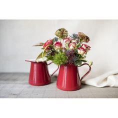 Lechera esmaltada roja con flores