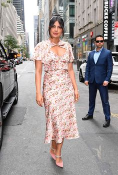 Priyanka Chopra Still Has A Spring In Her Step For The Today Show - Red Carpet Fashion Awards Nick Jonas, Priyanka Chopra, Celebrity Dresses, Celebrity Style, Jimmy Choo, Summer Outfits, Summer Dresses, Trends, Cute Skirts