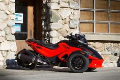Can-Am Spyders for 2012 - BIKERS, CHOPPERS, MOTORCYCLE MAGAZINE, MOTORCYCLE PERFORMANCE, MOTORCYCLES, TRIKES