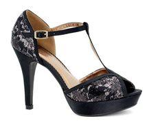 Zapato Eferri con pulsera, tacón 10 cm y plataforma 2 cm. ¿Fiesta esta noche? ;)  #tendencias #tendencia #zapatos #fashion #eferri #tiendaonline #zapato #shoes