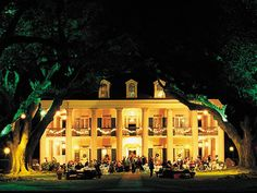 Oak Alley Plantation - house where Interview With A Vampire was filed. Also several other movies.