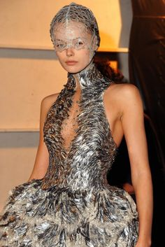 McQueen 2012 - this whole collection is fantastic. although, the veil/masks don't really do it for me.