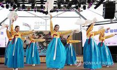 """르몽드 """"다시 빛을 발하는 한국의 보석"""" [연합뉴스, 2012-05-17]"""