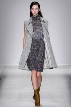 look 28 - Christian Wijnants | Fall 2014 Ready-to-Wear Collection | Style.com