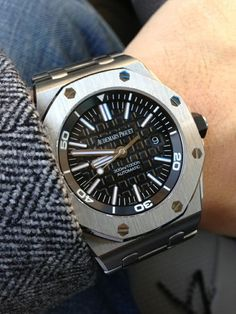 Audemars Piguet Luxury Watches Collection @majordor #majordor @audemarspiguet #luxurytopwatches