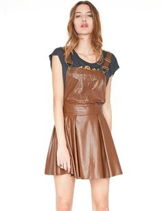 Brown pinafore dress #moda #fashion #dress #vestido
