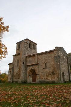 Monasterio de Rodilla (Burgos), ermita románica de Nuestra Señora del Valle, s.XII.