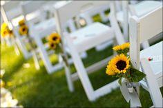 beautiful! sunflower wedding