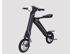 自転車でも自動車でもない、新しいスタイルの乗り物が登場した。 ・軽量で折りたためる電気スクーター Royalplay Group Limitedが4年以上に渡って開発を進めてきた「E.T Scooter」という電気スクー