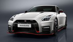 With MSRP of $174,990 (approx €165,420 / £140,400), the GT-R Nismo may not have the racing car look of the Mercedes-AMG SL65, but this is a powerful, rugged, fearsomely aerodynamic machine. A product of the carmaker's performance and racing division, the GT-R Nismo is the fasted and most powerful Nissan GT-R. It's a hardcore track machine, boasting a fearsomely imposing front end, with an enlarged grille that gulps greater volumes of air with no impact on the car's aerodynamic performance.