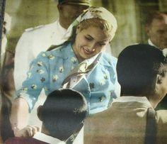 Eva Perón: la mística revolucionaria del peronismo | Fundación Villa Manuelita President Of Argentina, May 7th, Queen Of Hearts, Perfect Woman, Celebs, Celebrities, Victoria, Second Wife, Actresses