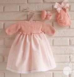 Faldón rosa, capota y merceditas de Pelote de laine