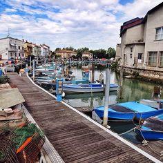 #Barche vicino la riserva naturale di #Marano lagunare. // #igersud #igersfvg (presso Marano Lagunare) #Friuli Venezia Giulia