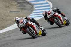 WSBK 2015 Laguna Seca - The Aprilia Racing Team.  #aprilia #bearacer #USWorldSBK