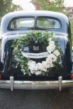 Southern Plantation Decor Southern Wedding Lush southern wedding set in the British Columbia with full blooms, sweeping drapes and a gorgeous vintage ride. Wedding Car Decorations, Wedding Wreaths, Wedding Sets, Floral Wedding, Wedding Flowers, Perfect Wedding, Dream Wedding, Wedding Day, Vintage Weddings
