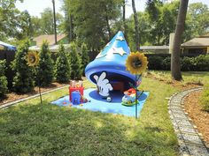 Sorcerer's Hat play area